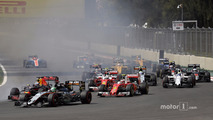 Nico Hulkenberg, Sahara Force India F1 VJM09, Daniel Ricciardo, Red Bull Racing RB12