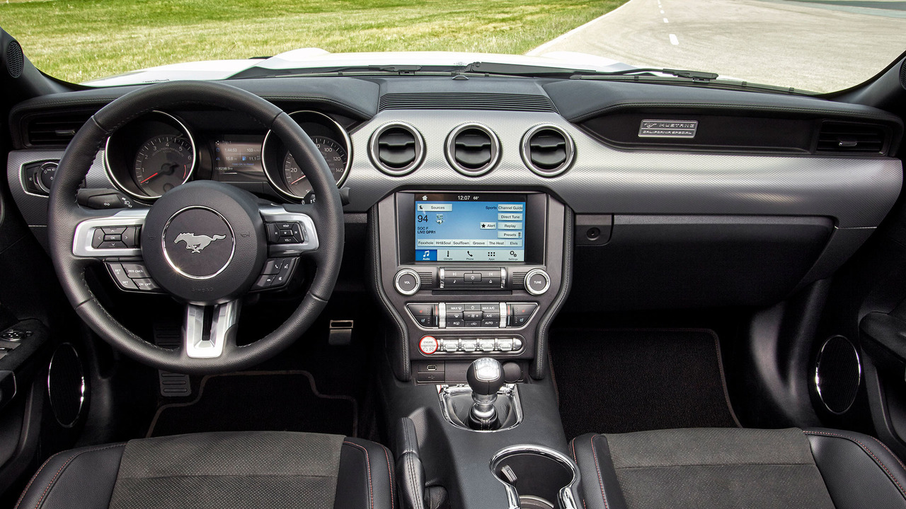 2015-2017 Ford Mustang kabin