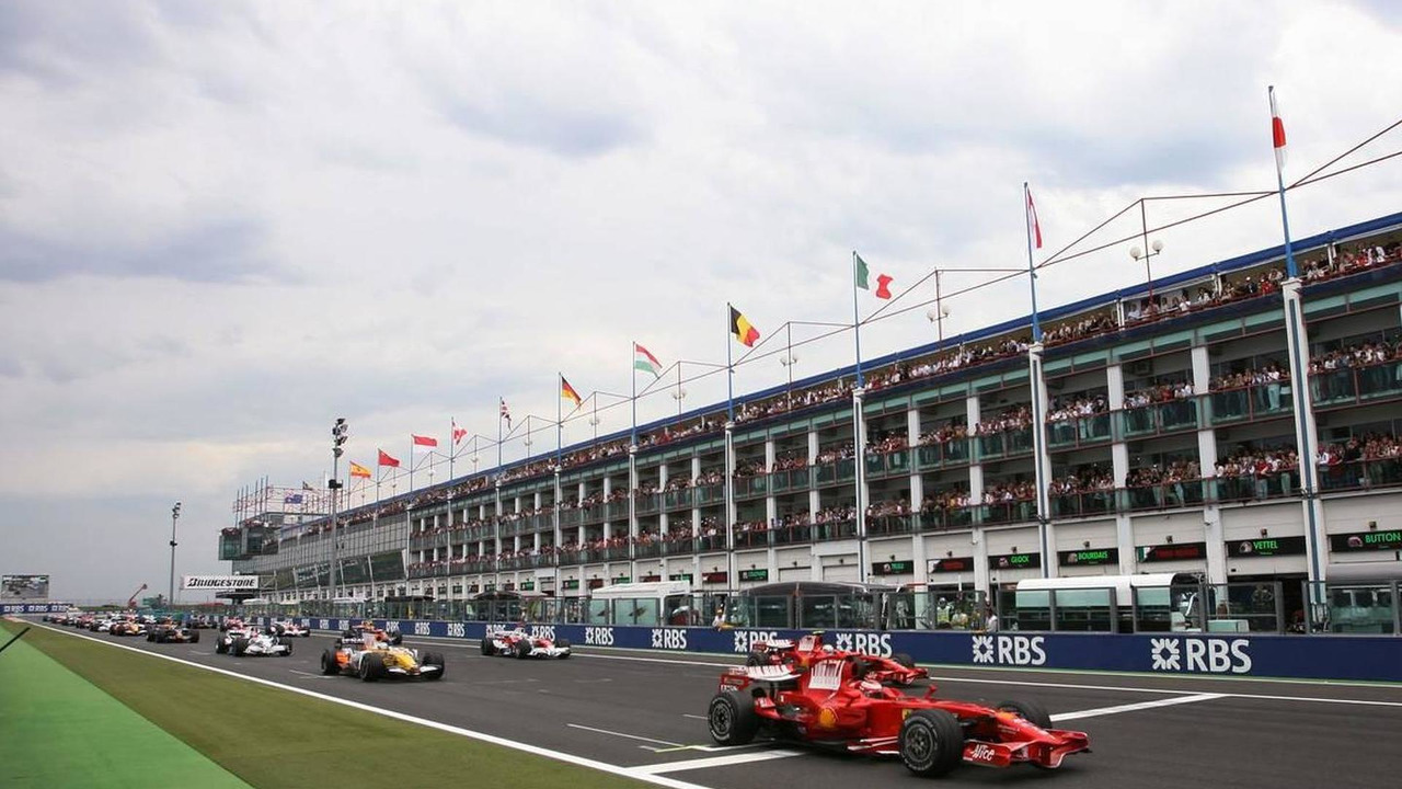 Magny Cours, France, Start of the race - Formula 1 World Championship, Rd 8, 2008 French Grand Prix