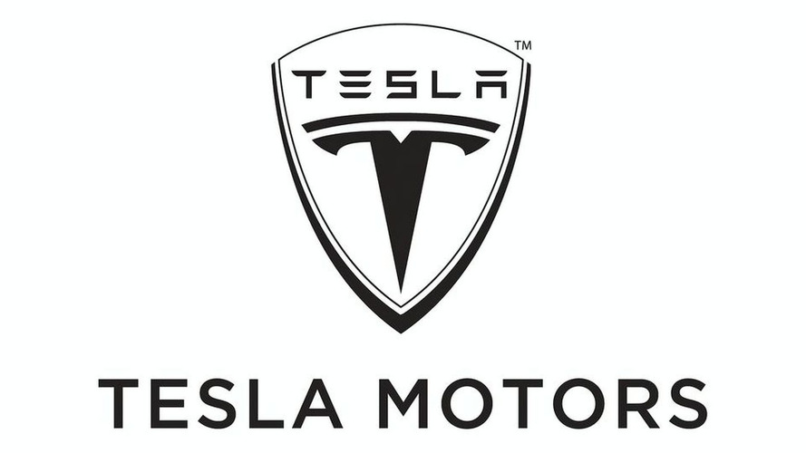 Plane crash kills 3 Tesla employees in California