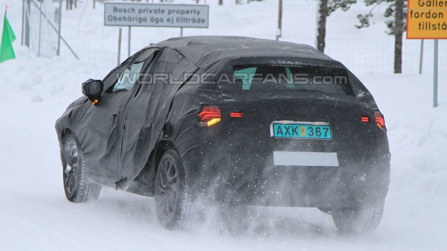 Citroen DS4 Winter Spy Photos