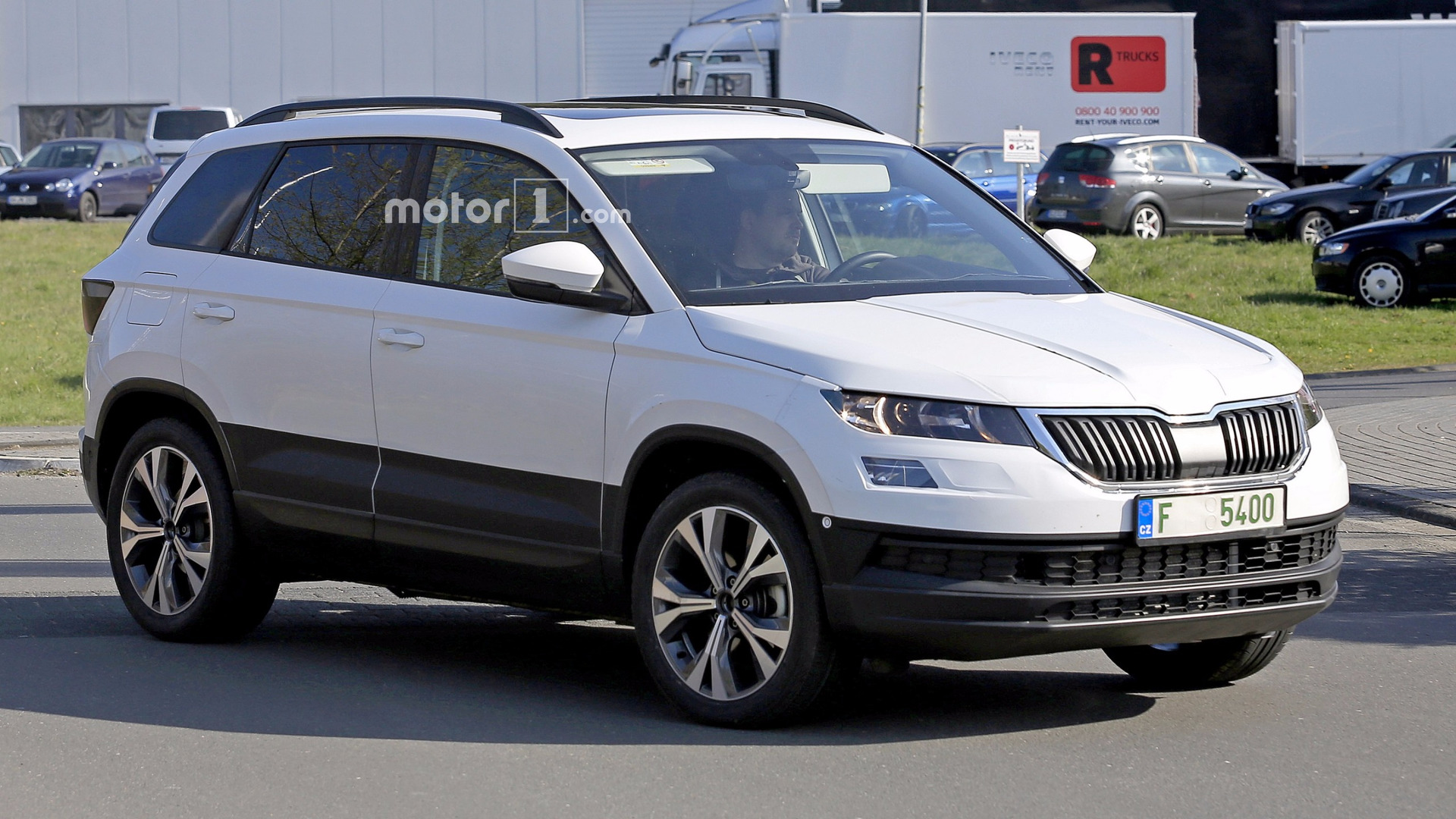 2018 skoda yeti karoq spied up close with clever disguise. Black Bedroom Furniture Sets. Home Design Ideas