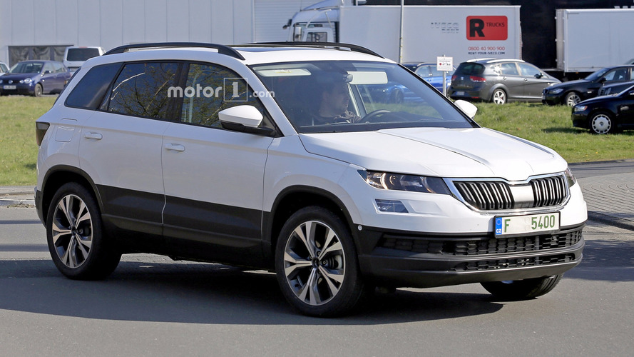 2018 Skoda Yeti / Karoq Spied Up Close With Clever Disguise