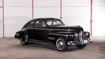Lot 27 - 1941 Oldsmobile 78 Dynamic Cruiser Coupé