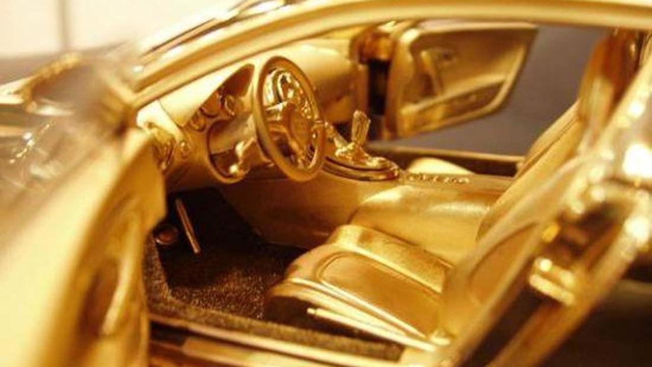 Solid Gold Diamond encrusted Bugatti Veyron 1:18 Scale Model