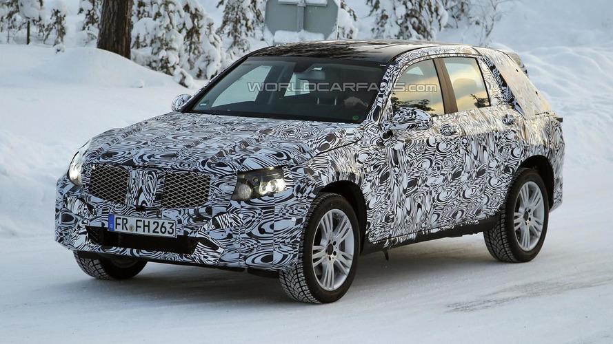 Second-gen Mercedes-Benz GLK returns in new spy pics