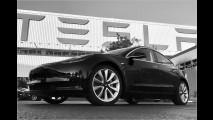 Das erste Auto geht an Elon Musk persönlich