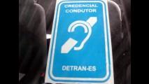 CIDADANIA: Identificação visual para veículos conduzidos por deficientes auditivos