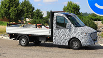 Mercedes-Benz Sprinter Spy Shots