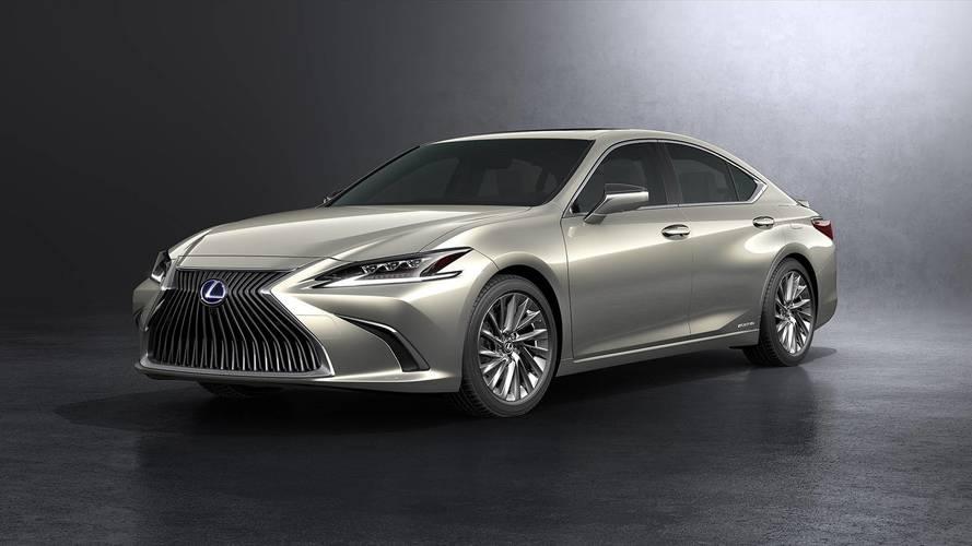 2019 Lexus ES daha geniş ölçüleri ile ortaya çıktı