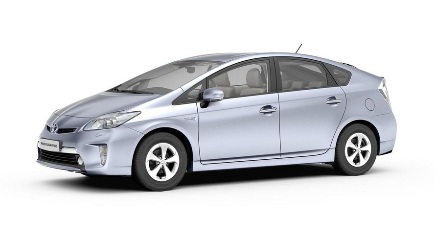 Toyota Prius Plug-in Hybrid announced for Frankfurt debut