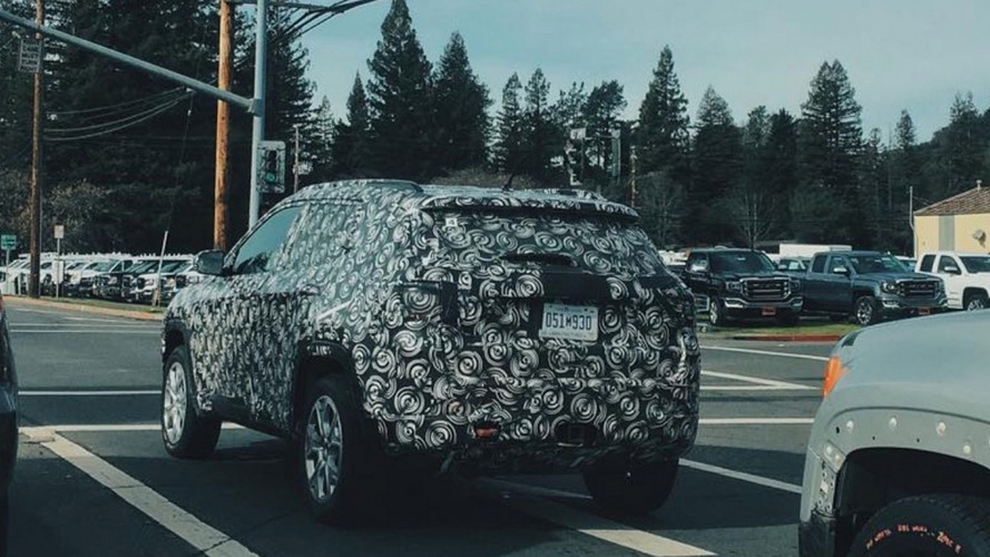 Jeep Compass / Patriot replacement spied in United States