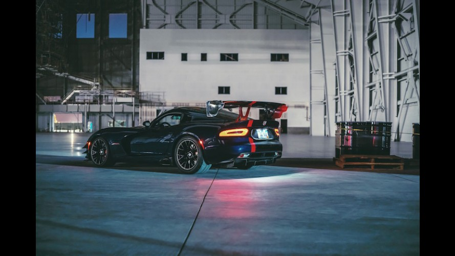 Roadtripping in a 2016 Dodge Viper ACR is the Best Bad Idea