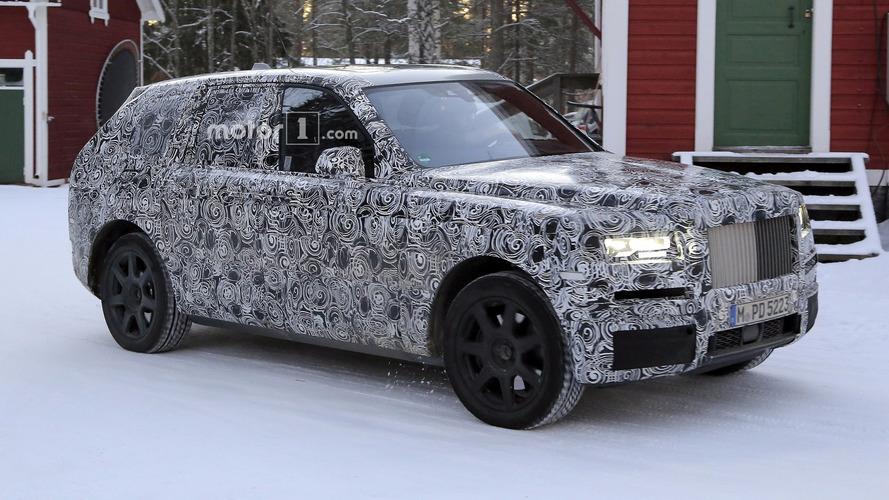 Rolls-Royce Cullinan 2019 fotos espia