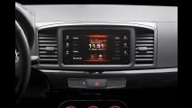 Mitsubishi Lancer ganha nova versão HLE adaptada ao gosto brasileiro
