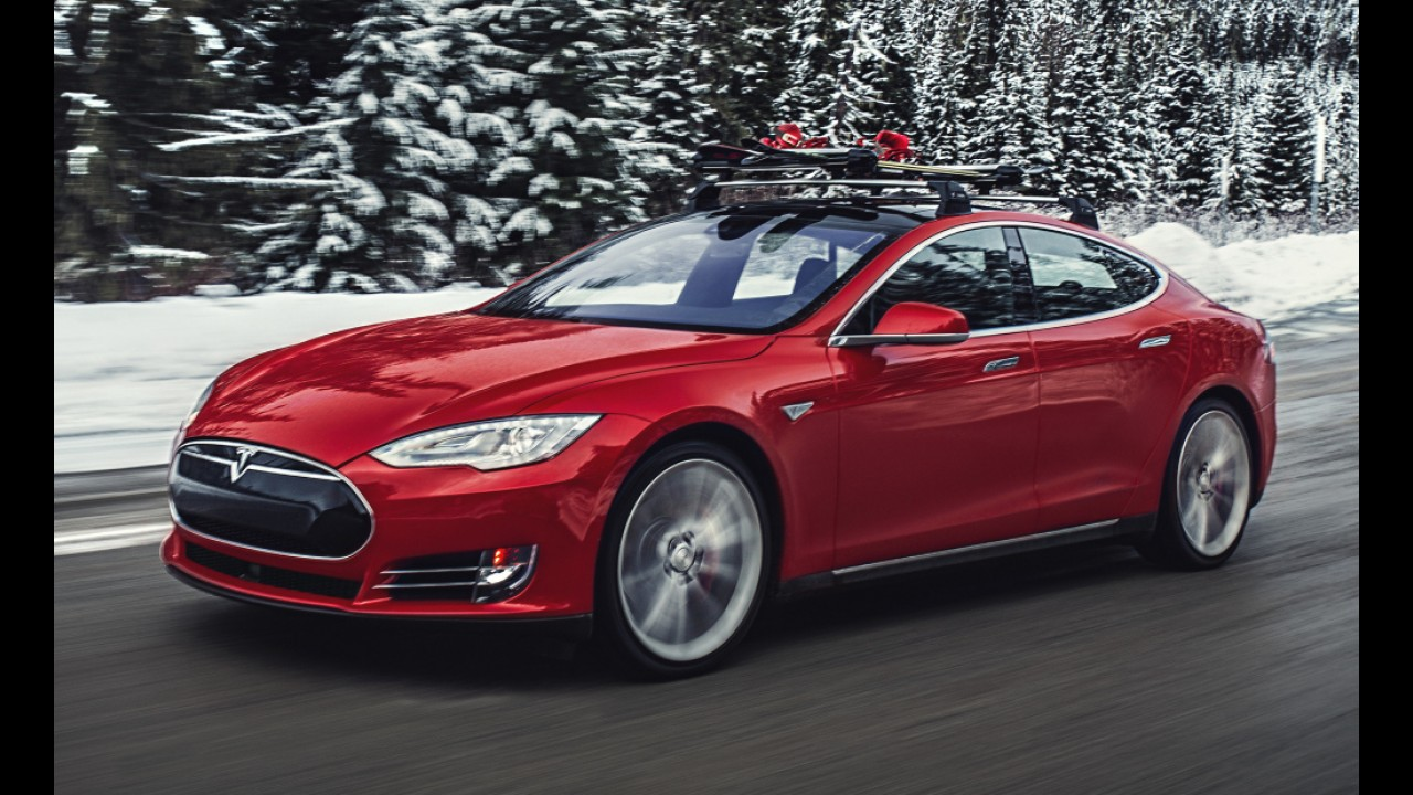 Sucesso elétrico: Tesla adiantará projeto de fábrica para 500 mil carros em dois anos
