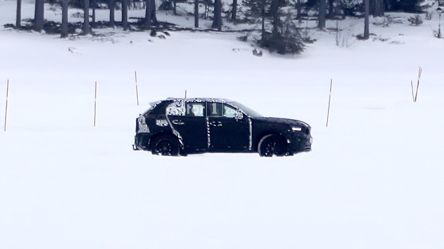 Volvo XC40 spied with production body for the first time