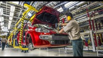 Anfavea revisa projeção de produção para 2,5 milhões de unidades em 2015