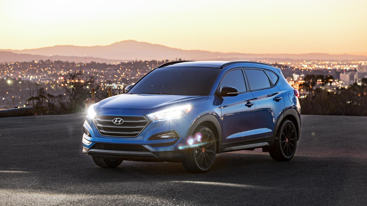 hyundai tucson night edition is stylish at any hour. Black Bedroom Furniture Sets. Home Design Ideas