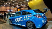 Opel Astra OPC Race Camp