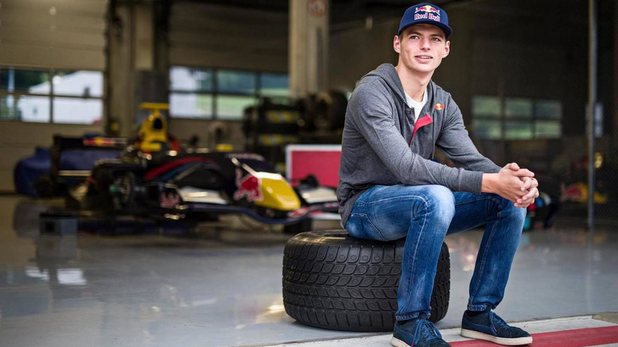 Verstappen to aim for F1 license next week