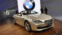 2011 BMW 6-Series Cabrio live in Detroit 10.01.2011