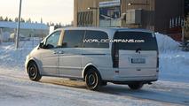Mercedes-Benz Viano facelift spy photo