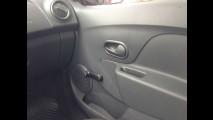 Garagem CARPLACE #1: Logan 1.0 16V estreia no teste de um mês
