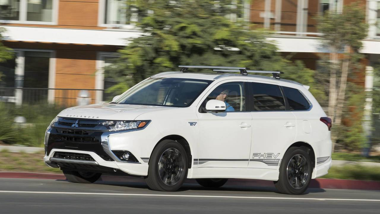 2018 Mitsubishi Outlander Phev First Drive Head Of The