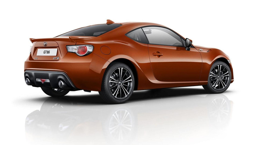 2015 Toyota GT 86 launched in UK with new base model priced at £22,995