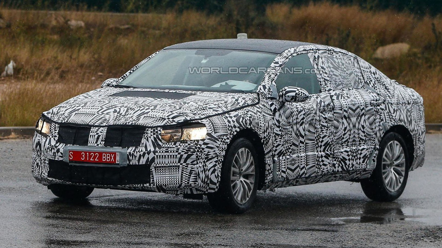 Full-bodied 2015 Volkswagen Passat prototypes spied for the first time