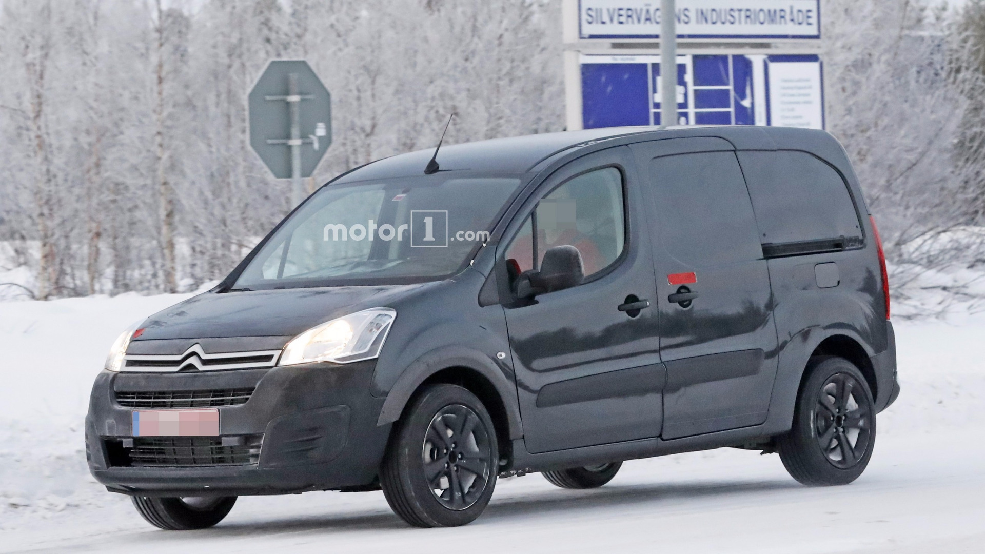 2018 citroen berlingo spied for the first time. Black Bedroom Furniture Sets. Home Design Ideas