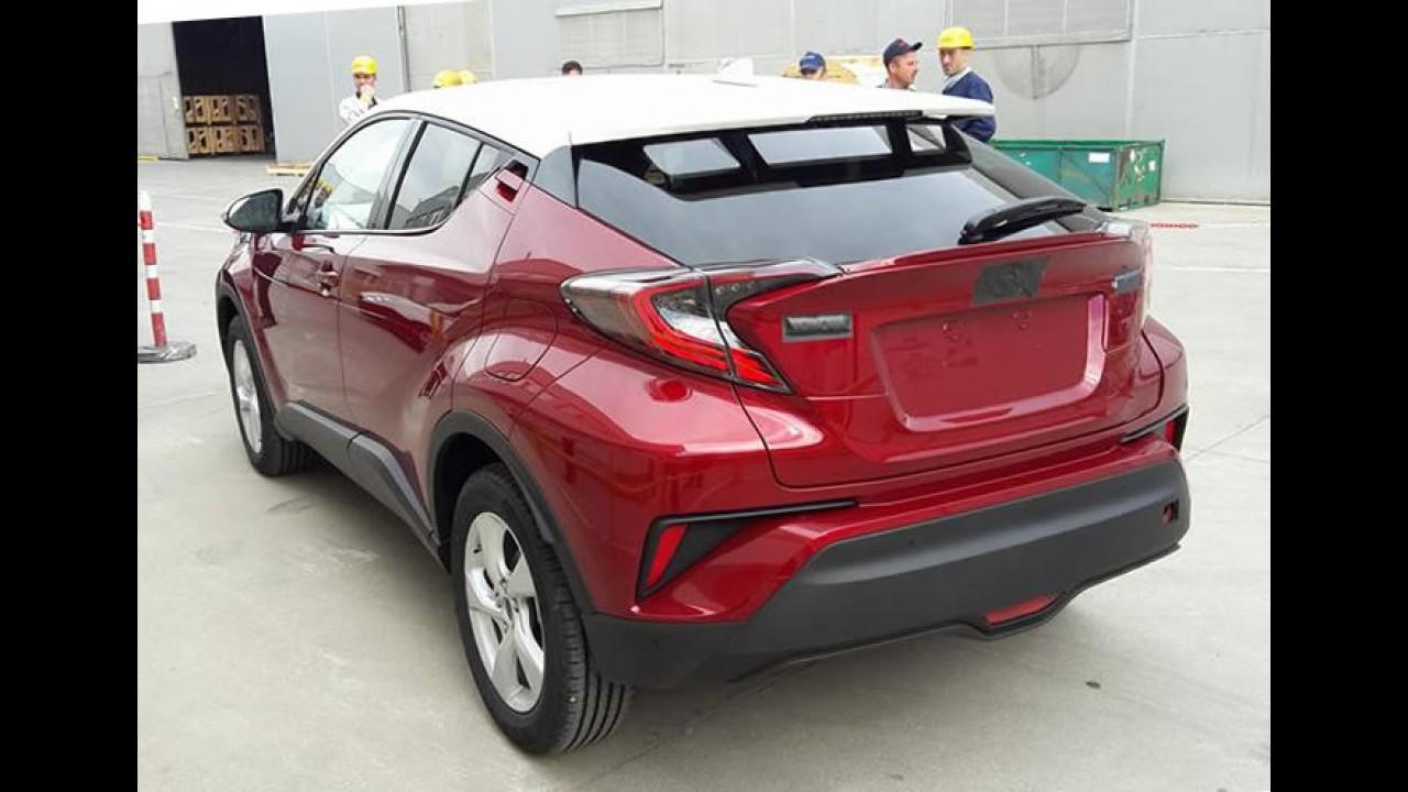 Novo SUV da Toyota: C-HR exibe seu estilo à luz do dia
