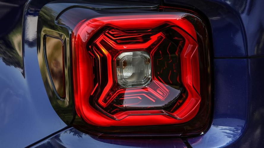 Makyajlı 2019 Jeep Renegade'in ilk ipucu görseli paylaşıldı