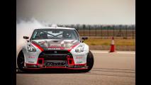 Nissan GT-R Nismo, derapata record a 304 km/h [VIDEO]