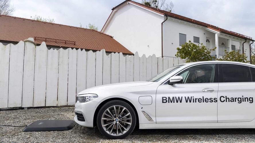 BMW 530e iPerformance – chargement par induction