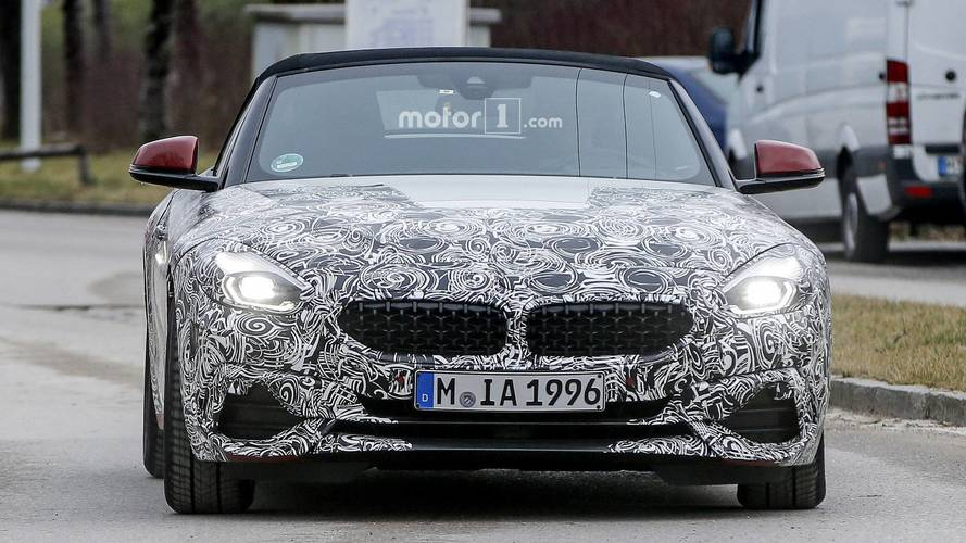 BMW Z4 Spied With Interesting Kidney Grille And A Rear Spoiler