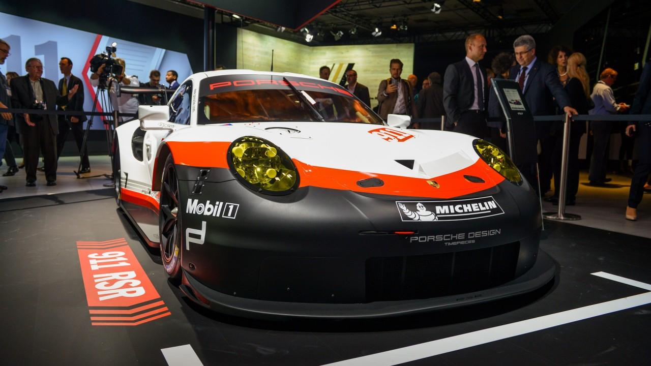 Porsche 911 RSR al Salone di Los Angeles 001