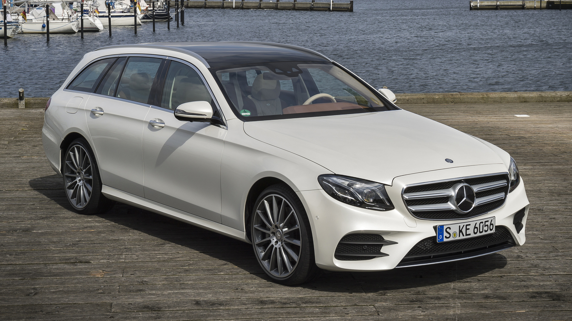 https://icdn-4.motor1.com/images/mgl/XrVWV/s1/2017-mercedes-benz-e400-wagon-review.jpg