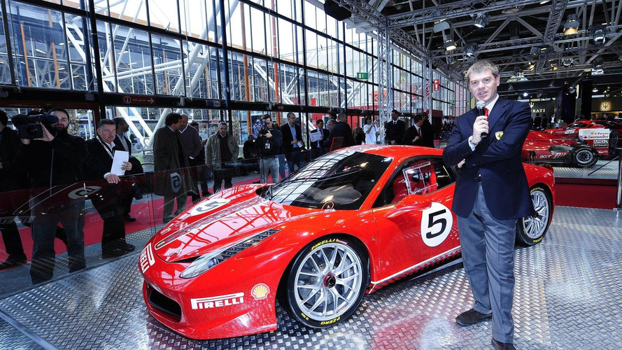 Ferrari 458 Challenge public debut at Bologna Motor Show 2010 [videos]