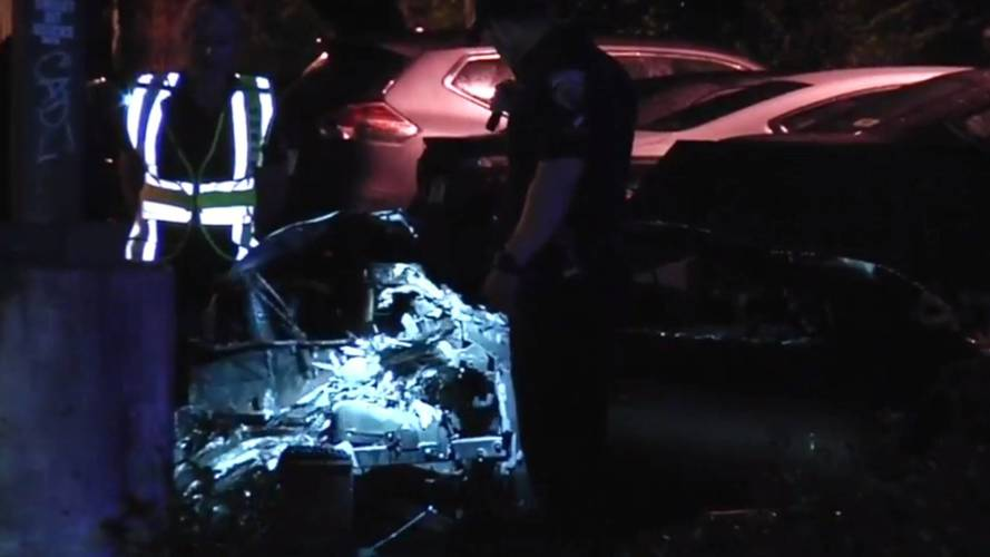 Kettészakadt és lángba borult egy Lamborghini Miamiban