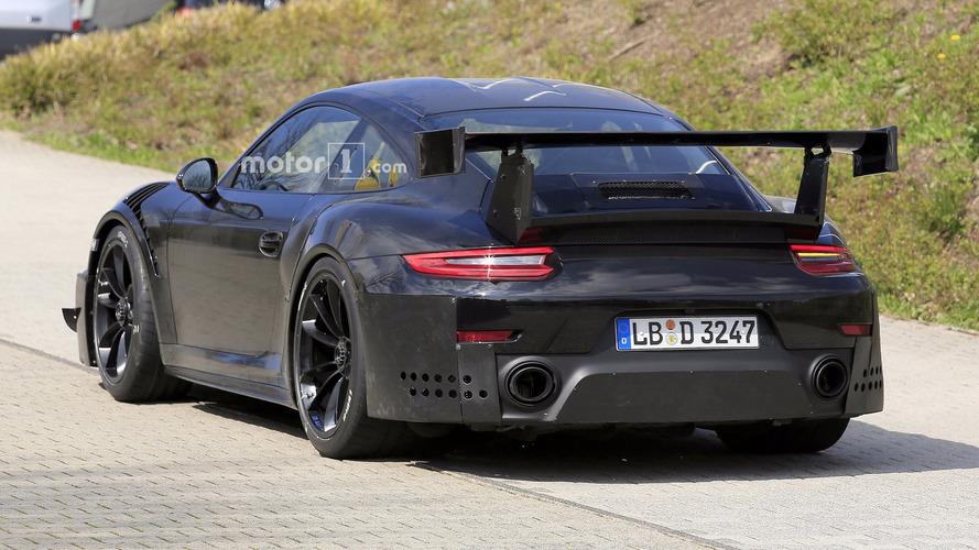 Monster 700-hp Porsche 911 GT2 Spied At The Nürburgring