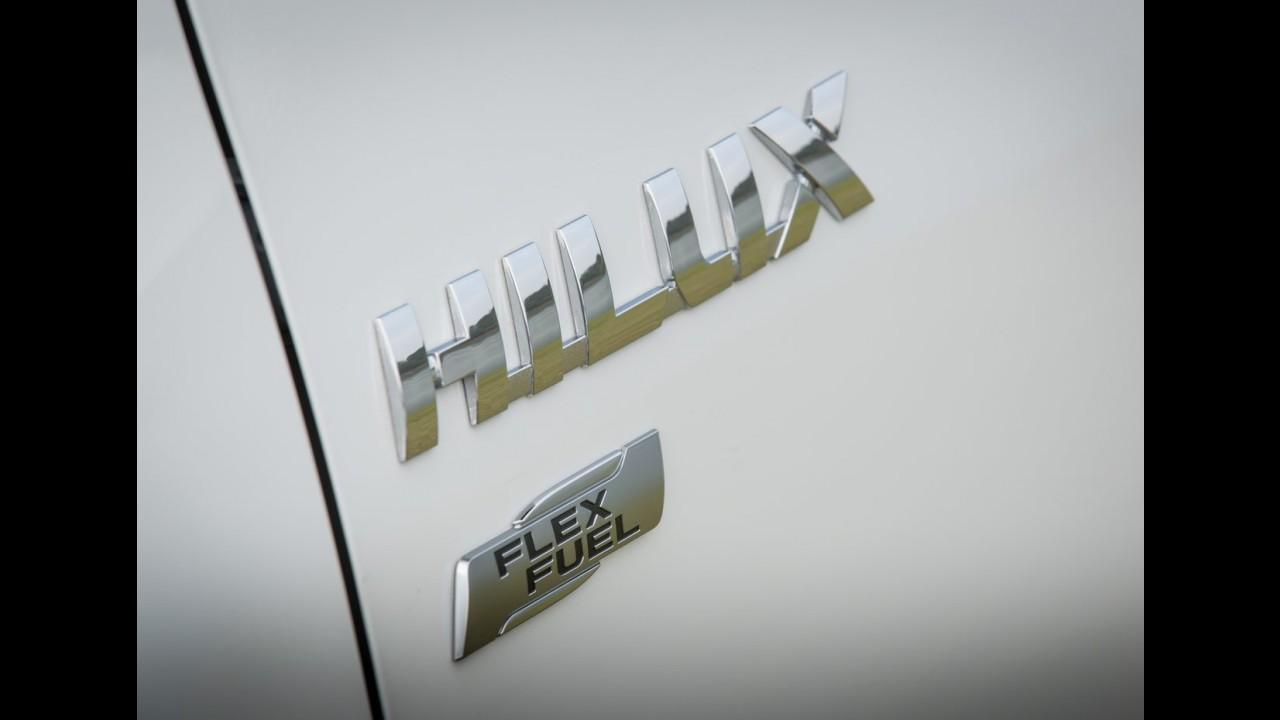Volta rápida: Hilux Flex ganha câmbio AT de seis marchas, mas tropeça no consumo