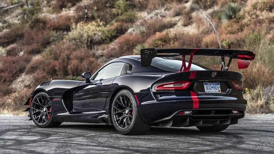 Engineering Explained ile Dodge Viper ACR'ı inceliyoruz