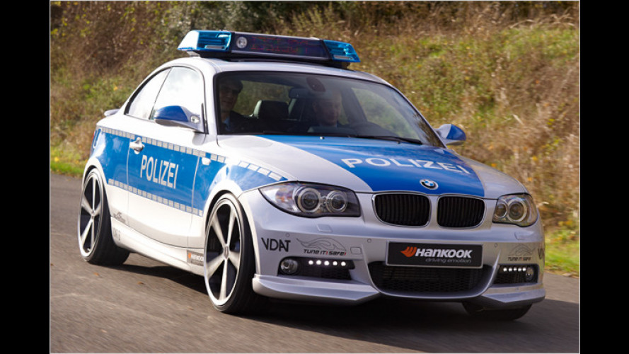 Scharfer Polizei-1er für sicheres Tuning