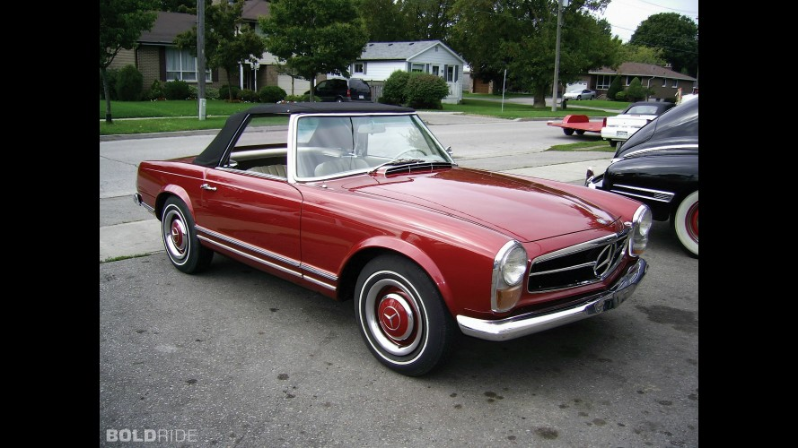 Mercedes-Benz 230 SL Roadster