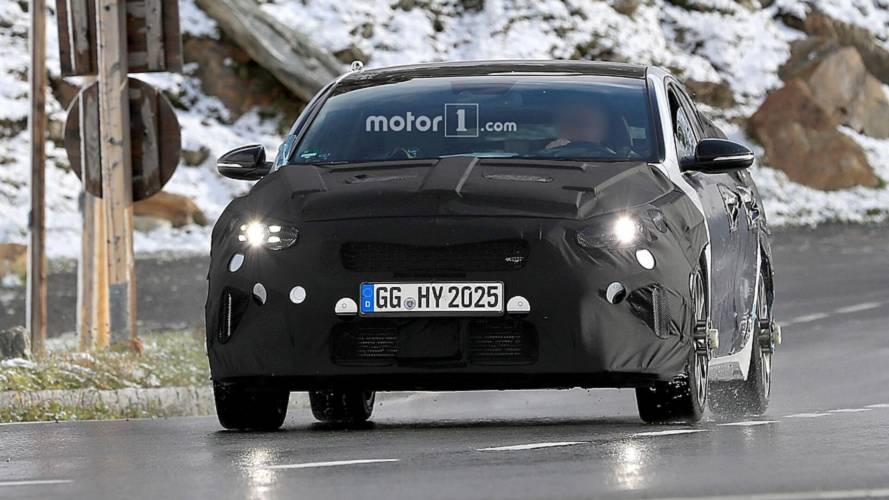 Kia Proceed GT spy photos