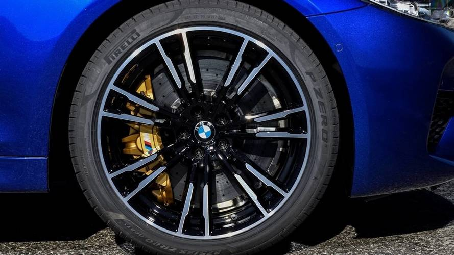 BMW M5 Uses Bespoke Pirelli Tires With F1-Derived Tire Compound