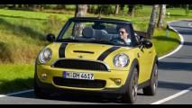 Conversível: Mini Cooper S Cabrio é lançado oficialmente por R$ 134,9 mil no Brasil
