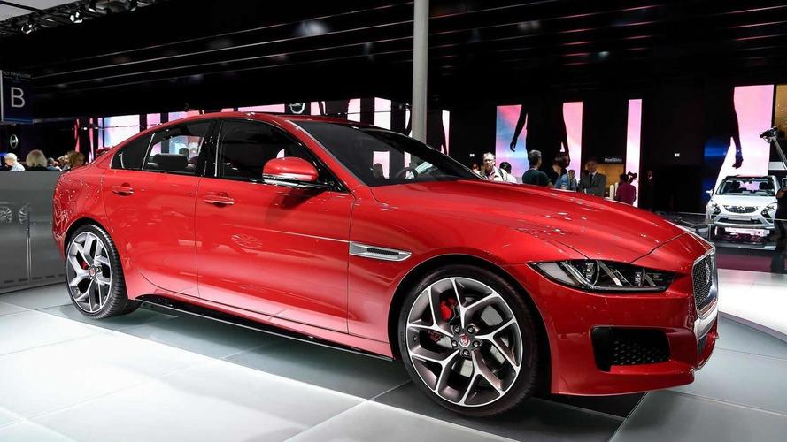 Leállítja a Jaguar az XE S és az XF S európai forgalmazását